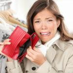 【危険】知らないと怖い「お金」失敗!借金女子→年間10万円以上プラス?